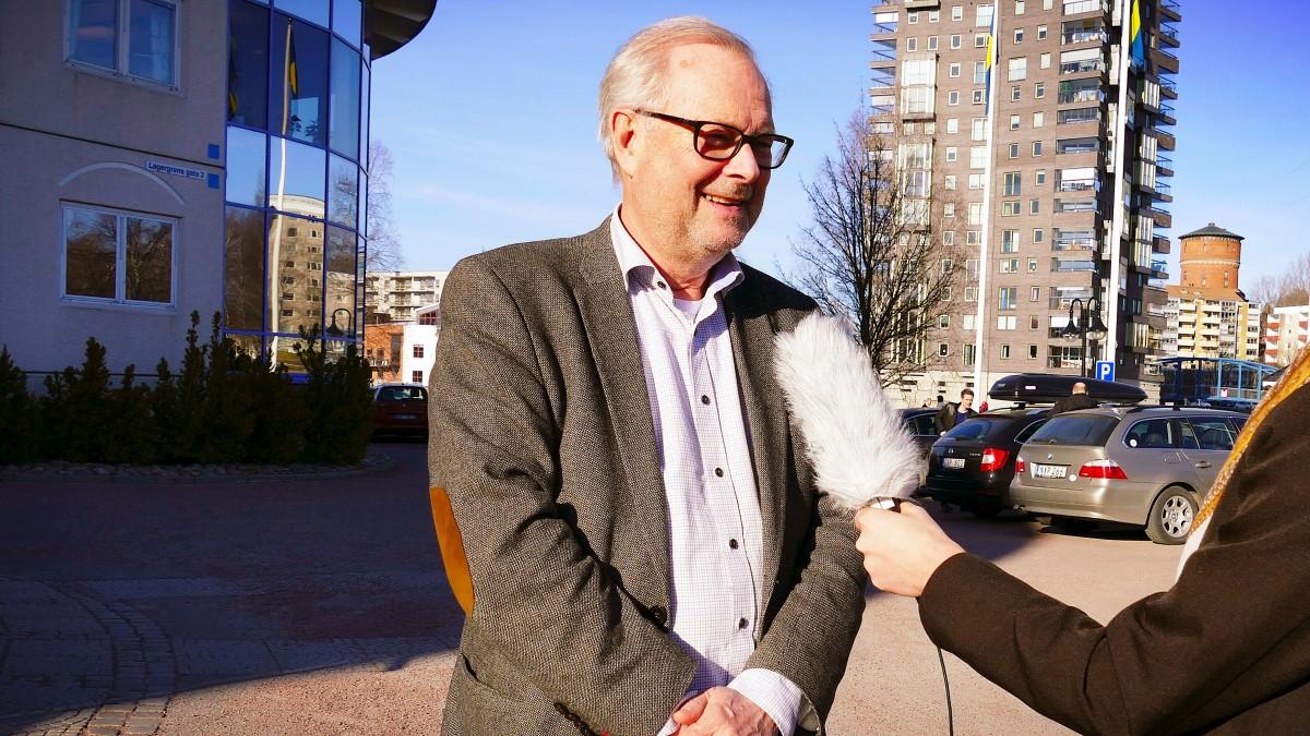 Tomas Riste (S) intervjuas